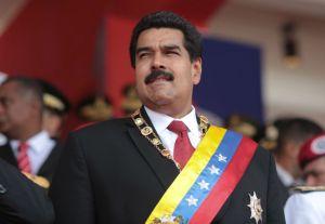 Maduro_eglivemain